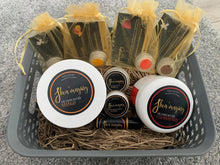 Load image into Gallery viewer, Shea'mazing Hamper Gift Set