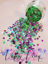 Load image into Gallery viewer, Vixen Glitter Mardi Grass