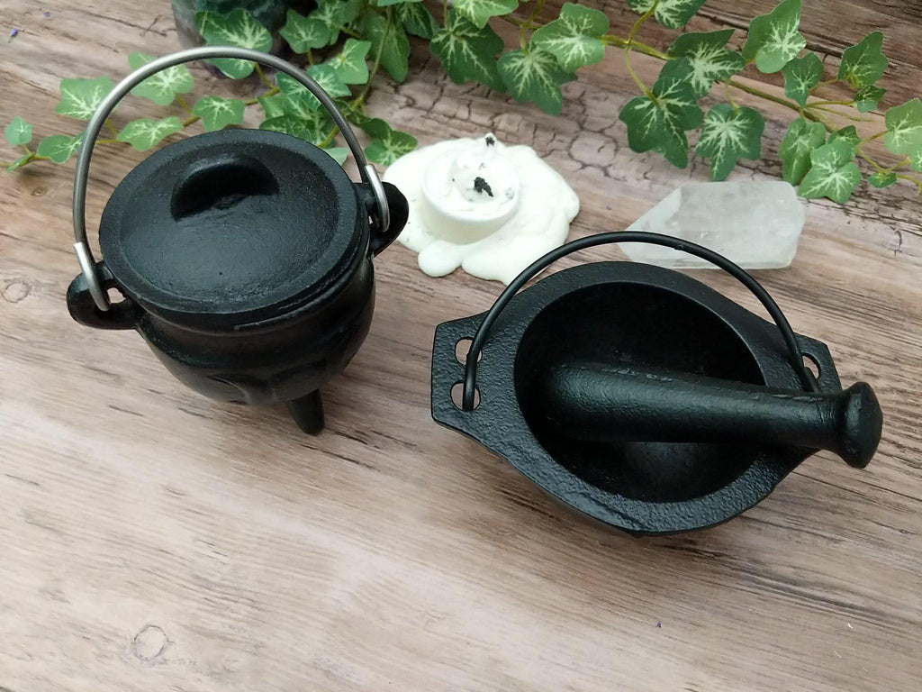 Triple Moon Cauldron - Black Cast Iron