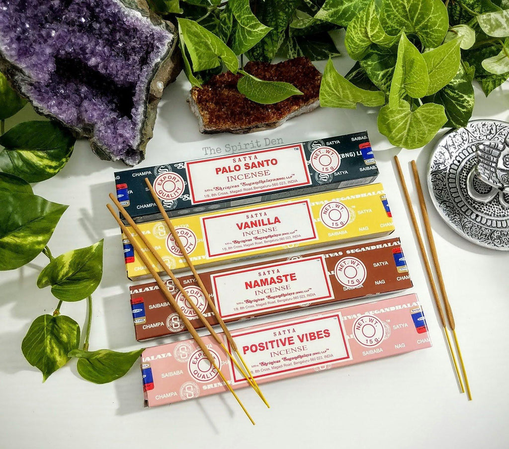 Satya Assorted Incense 15g Box | Vanilla, Namaste, Positive Vibes or Palo Santo