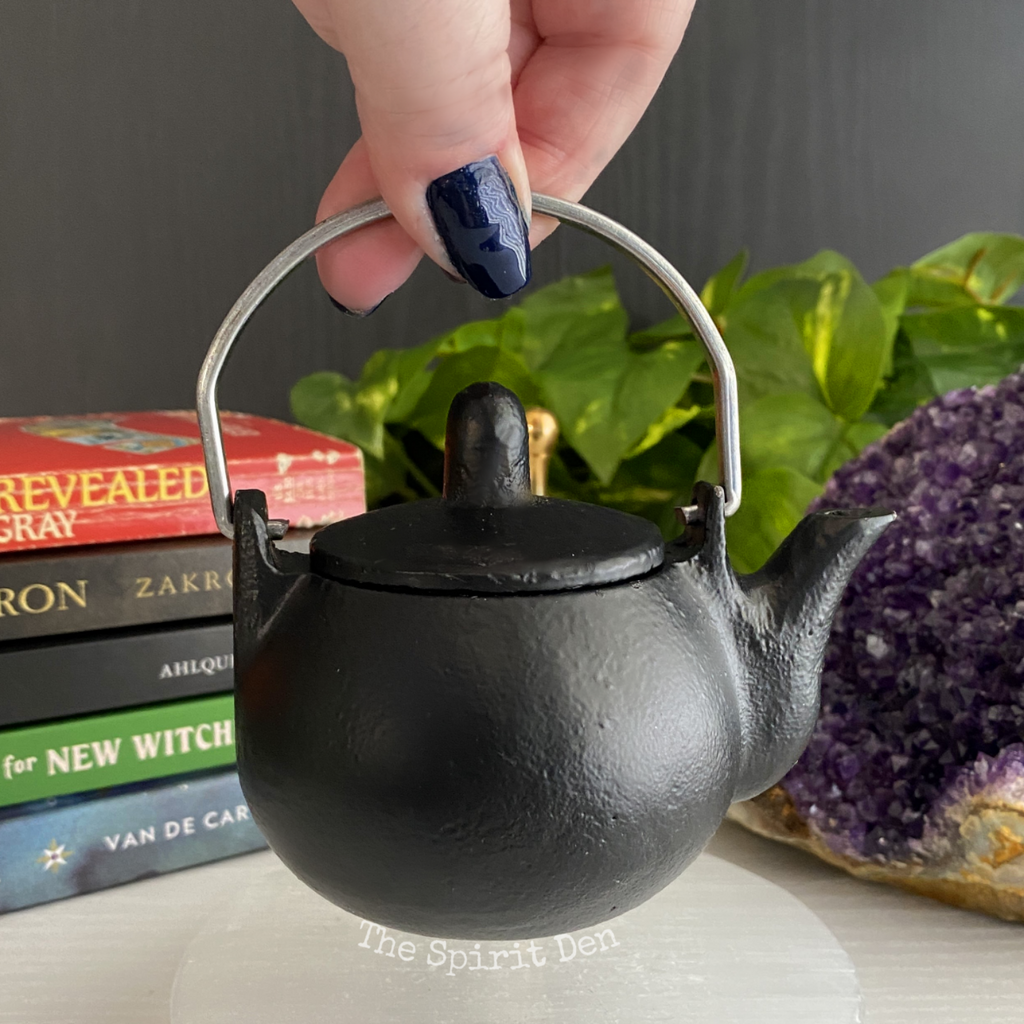Witches Tea Pot | Black Cast Iron Mini Kettle Cauldron