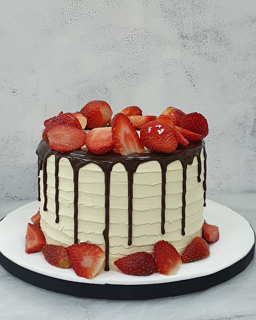 Keto Chocolate Strawberry Cake