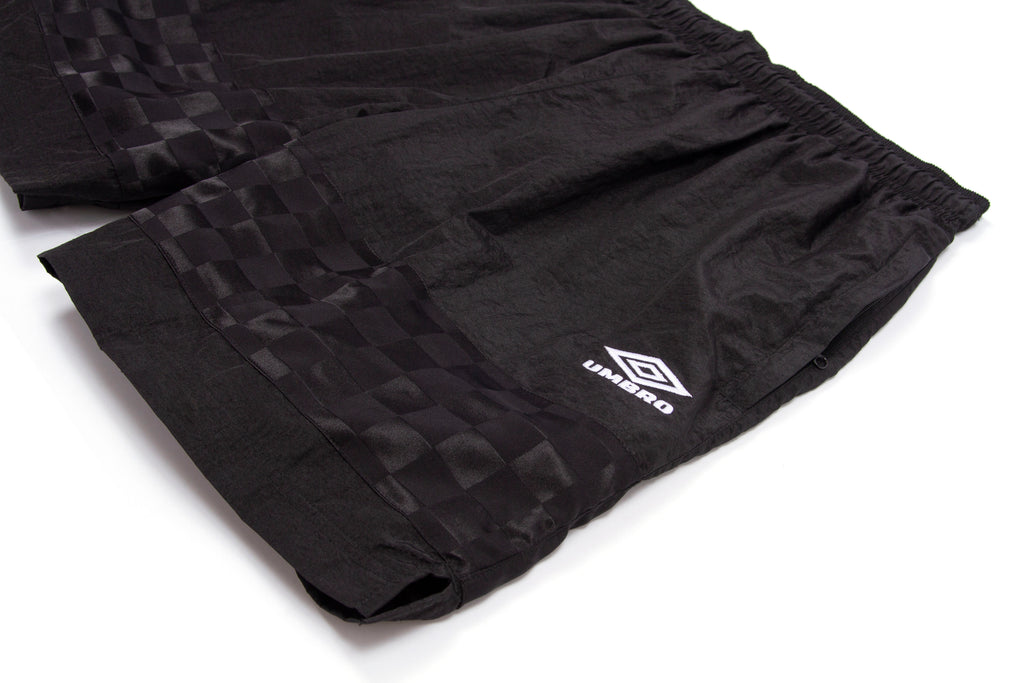 Grand x Umbro Short-Black