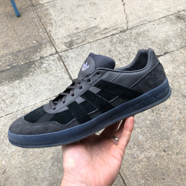Aloha Super-Utility Black/Black/Purple