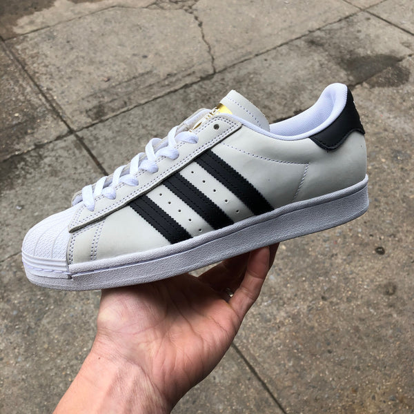 Superstar-White/Black