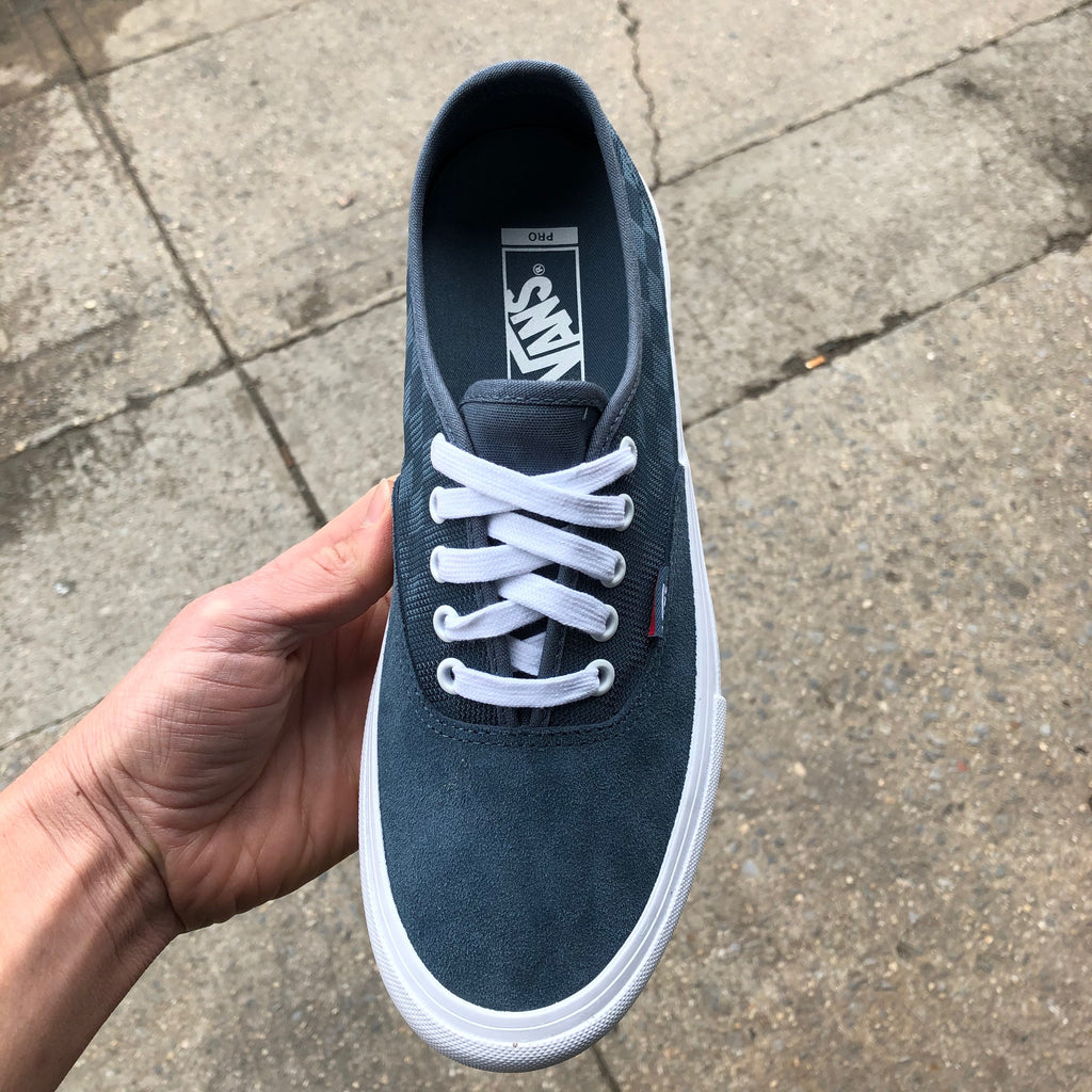 Authentic Pro (Mirage)-Blue/White