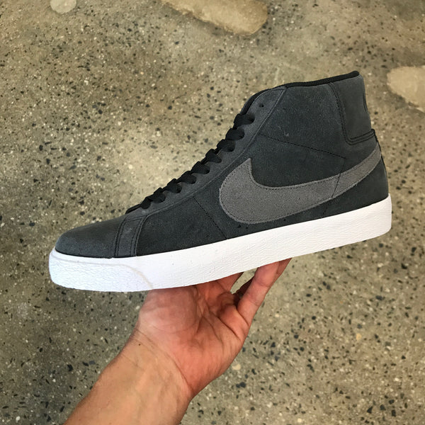 Blazer Mid-Off Noir/Iron Grey