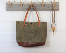 Load image into Gallery viewer, Heritage Duffel Tote