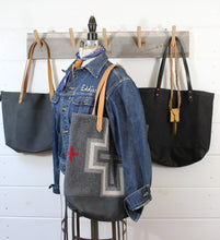 Load image into Gallery viewer, Nubuck Leather Tote