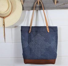 Load image into Gallery viewer, Denim Sashiko Stitch Tote