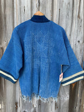 Load image into Gallery viewer, Indigo Sashiko Stitch Jacket