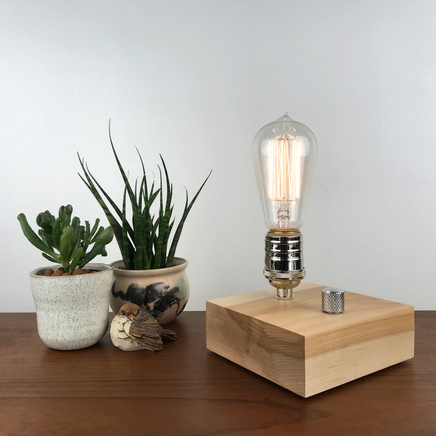 BLOCK - Maple | modern industrial table lamp with dimmer and Edison bulb