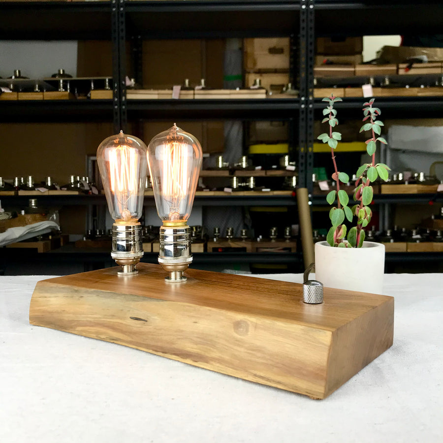 EDISON Double - LIVE EDGE! Walnut and NICKLE | dimmable wood table & desk lamp