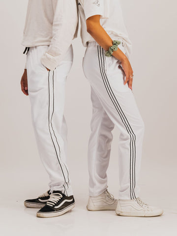 Trackpants in White - NOWNOW
