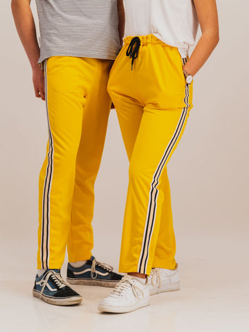 Trackpants in Yellow - NOWNOW