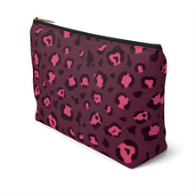 Load image into Gallery viewer, Holiday 2020 Plum Leopard Pouch