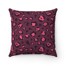 Load image into Gallery viewer, Holiday 2020 Plum Leopard Square Pillow