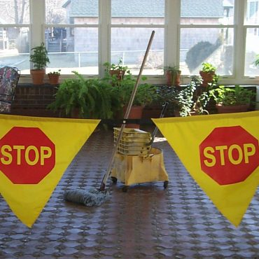 Safe T Mate: Adjustable Stop Banner - SM-006 - Actual Image