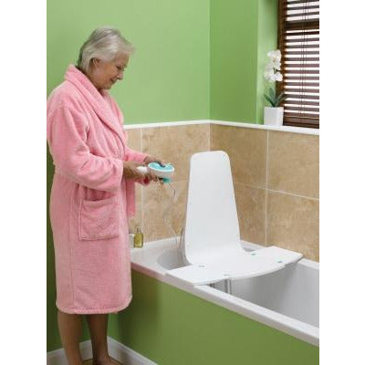 Graham Field: Splash™ Bath Lift - 5033A-1
