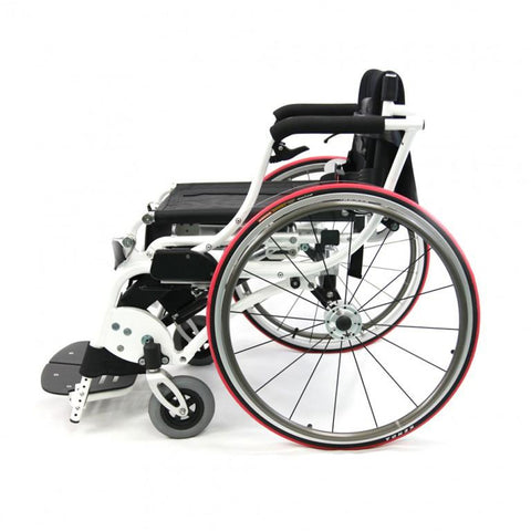 Karman Healthcare:  Power Wheelchair  – XO-55 Horizon side view