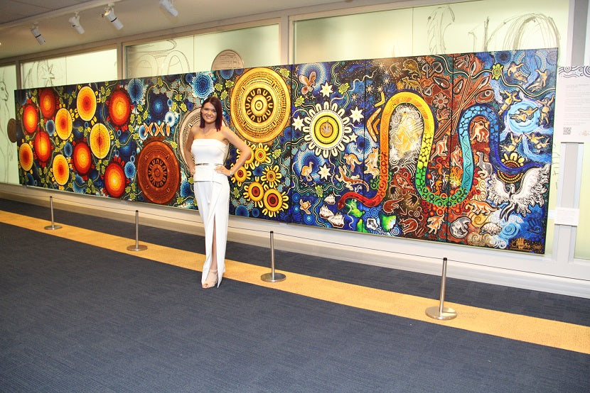 Chern'ee Unveils her Painting at the National Royal Australian Mint