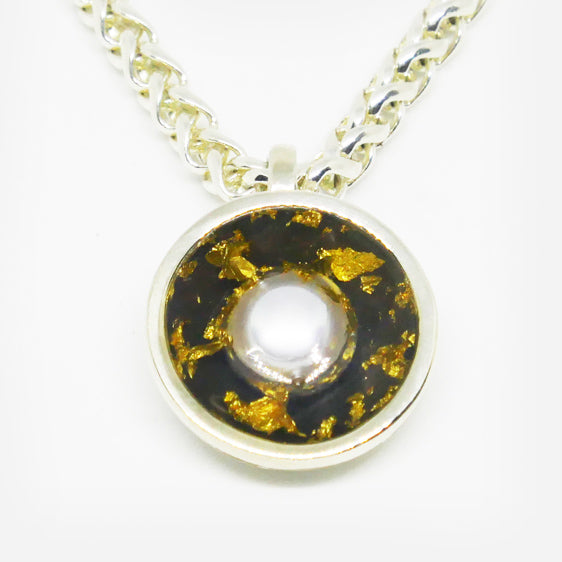 Sterling Silver & 24ct gold leaf and 8mm freshwater pearl pendant with clear resin (Chain sold separately)