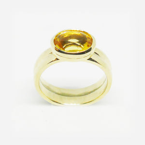 9ct yellow gold rub over set oval Citrine ring (One only)