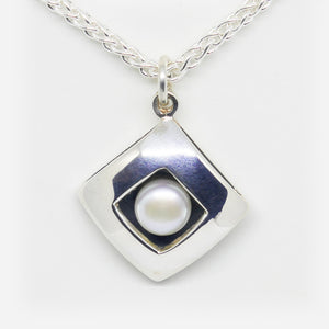 Sterling Silver and freshwater pearl diamond shaped pendant (Chain sold separately)