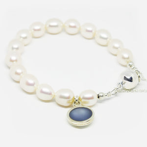 Cultured pearl bracelet with sterling silver and 14mm resin charm