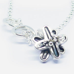 'Joss' stg silver curly pendant medium length (chain sold separately)