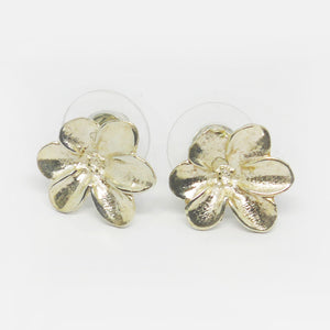 Sterling silver uneven flower stud earrings