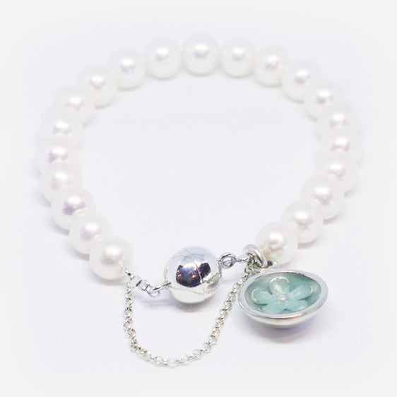 Cultured pearl and stg silver & resin flower charm bracelet (turquoise ice)
