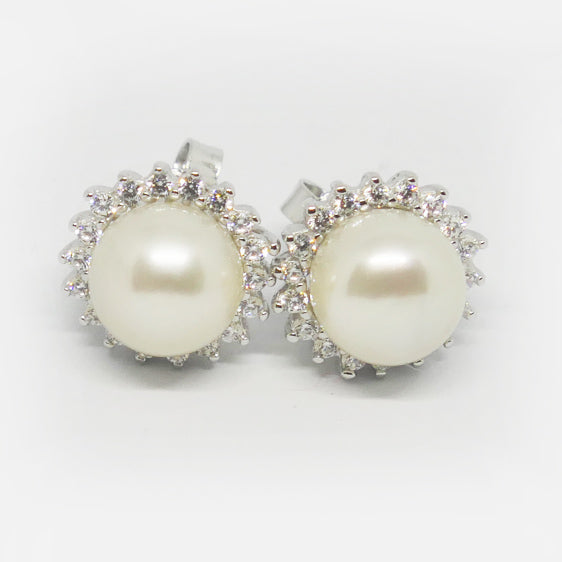 Cultured pearl and cubic zirconia cluster studs