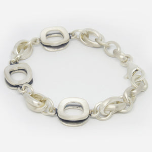 Sterling silver, matt finish, link bracelet