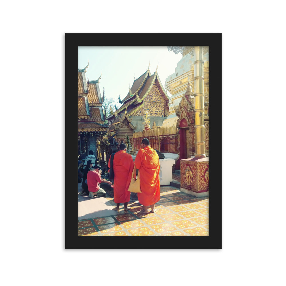 Monks @ Golden Temple in Chiang Mai, Thailand
