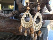 Load image into Gallery viewer, Handwoven Earrings-3