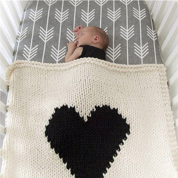 Simple Heart Knit Blanket for Baby