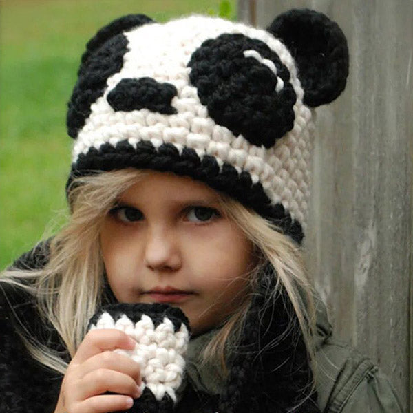 Cute Panda Pattern Hat Set With Scarf