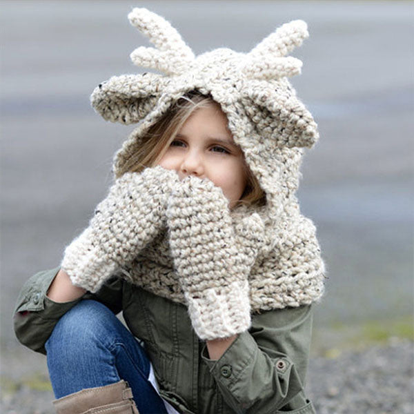 Adjustable Kids Autumn Warm Elk Hats with two Gloves