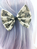 Harry Potter Inspired Handmade Hair Bow - Hogwarts Crest Black and White Hair Clip
