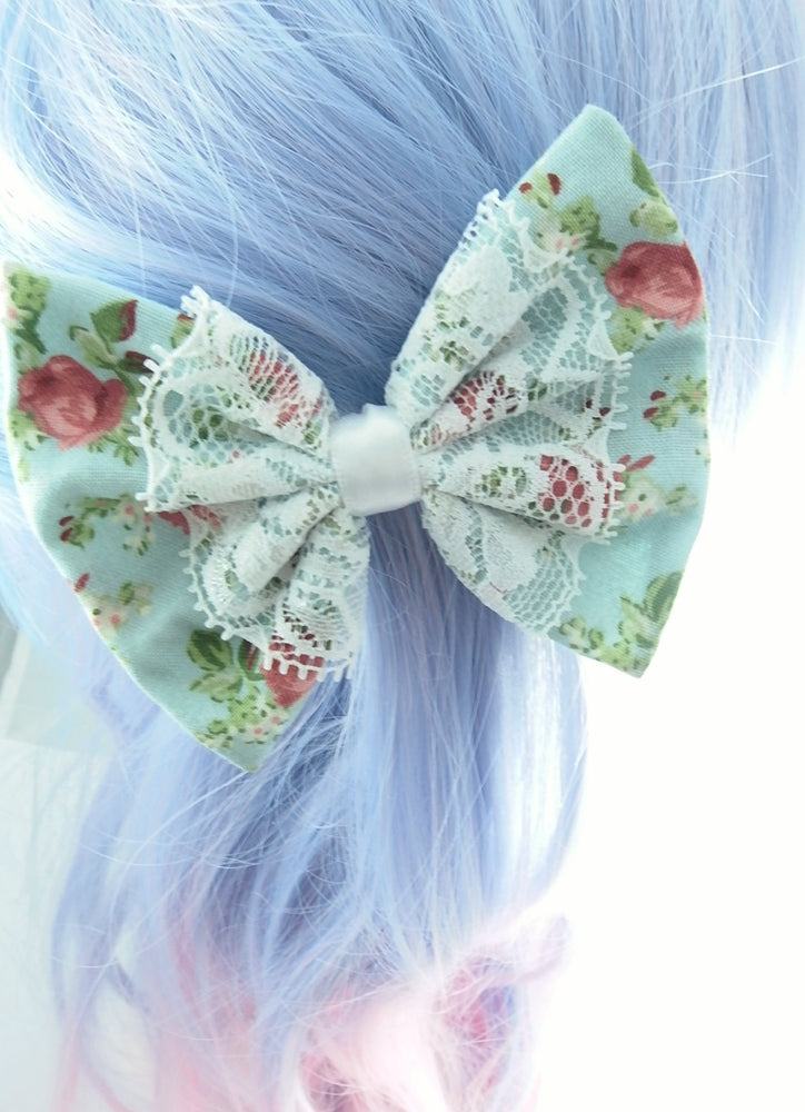 Vintage Blue Floral Medium Hair Bow with White Lace