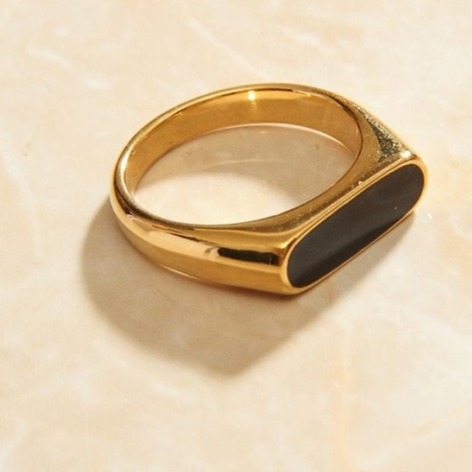 Gold Bar Ring Black