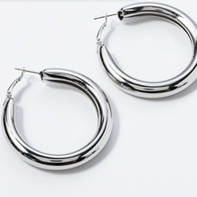 Hunter & Hare Thick Hoop Earrings Silver