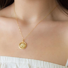 Sistina Medallion Necklace