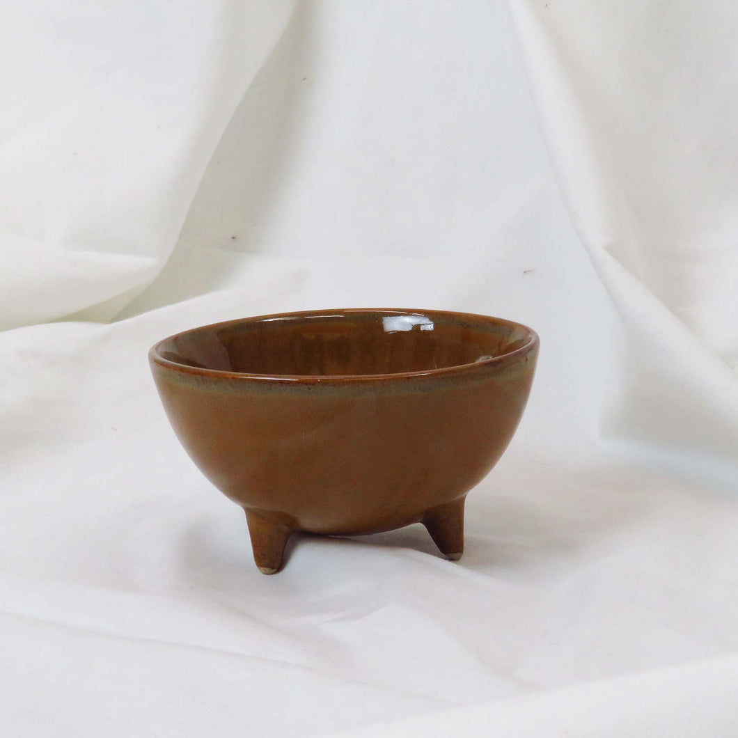 Design Home Rustic Brown Reactive Glazed Stoneware Footed Bowl