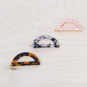 Hunter & Hare Half-Moon Tortoise Resin Hair Clips