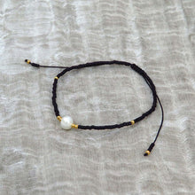 Hunter & Hare Single Pearl Beaded Friendship Bracelets Black