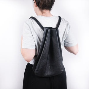 The Stowe - Black Pebbled Tote Backpack