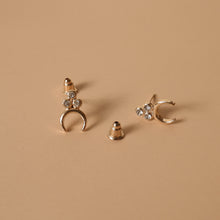 Hunter & Hare Three-Point Cluster Crescent Stud Earrings
