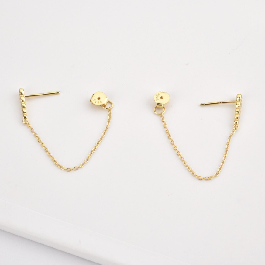 Swoop Chain Stud Earring